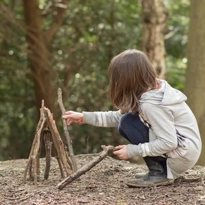 Forest School wildcraft